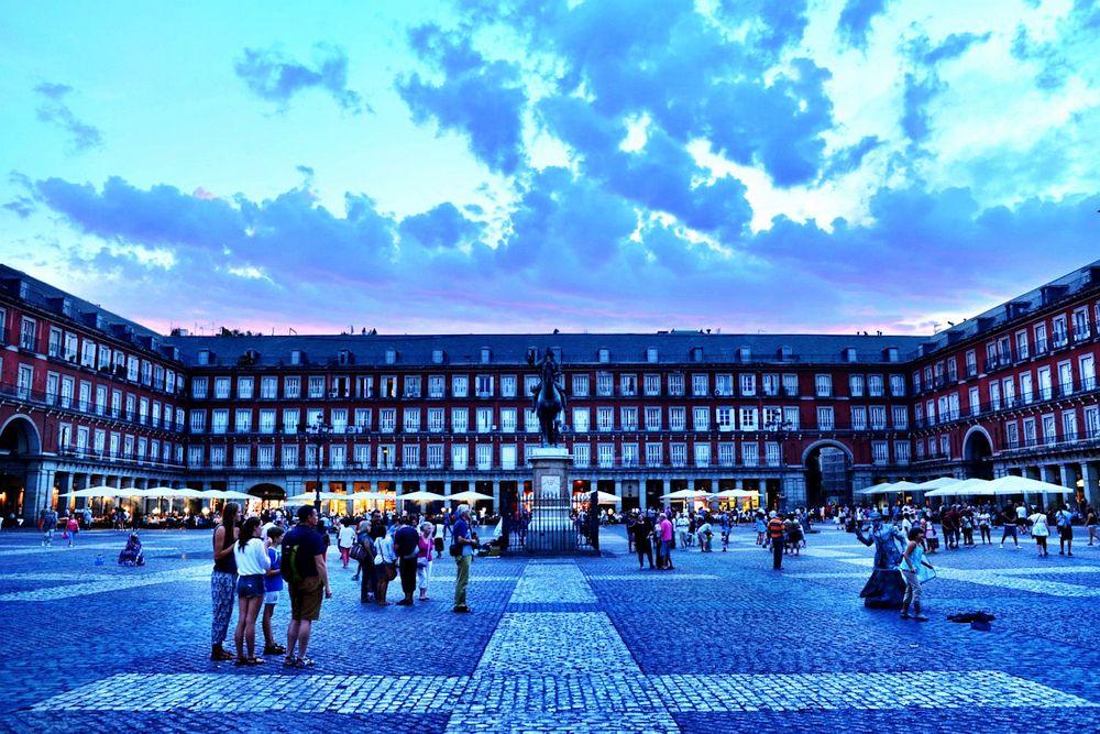 Evening in Plaza Mayor
