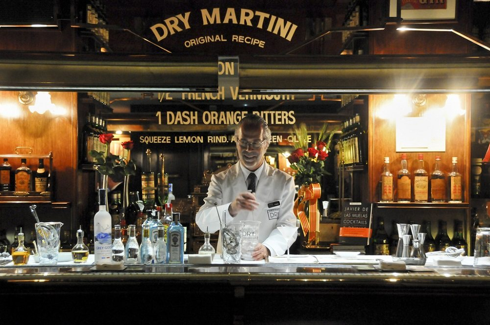 Dry Martini Cocktail Bar Barcelona Spain Attractions