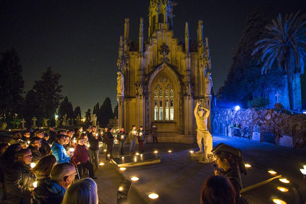 Cemetery night tour