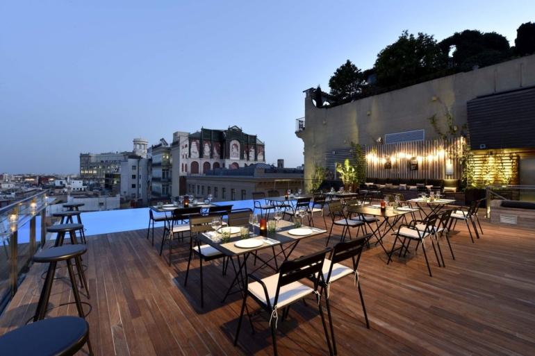 Rooftop restaurant in Barcelona