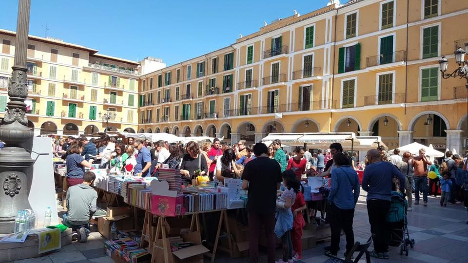 Street Market in Palma Old Town