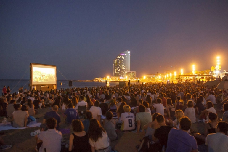 Beach cinema in Barcelona