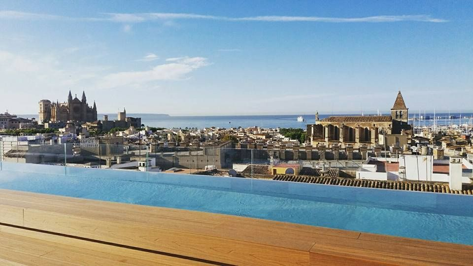 NAKAR Hotel's Rooftop Pool