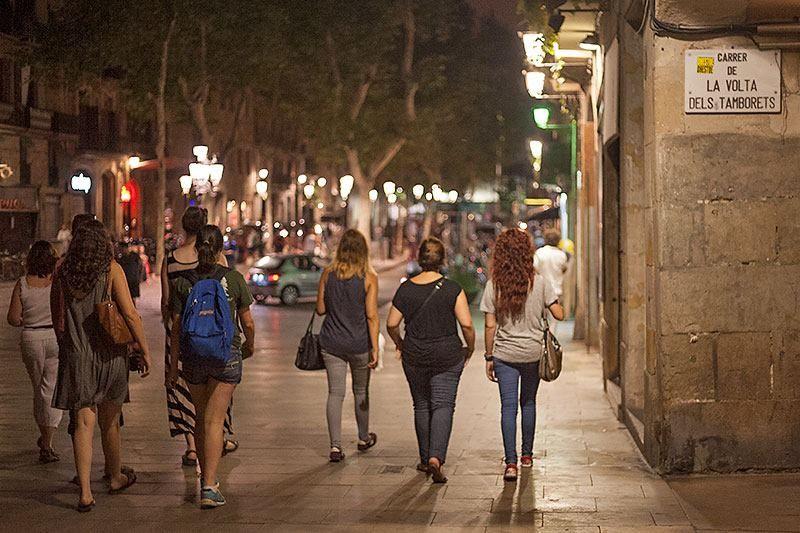 Night walking tour in El Born