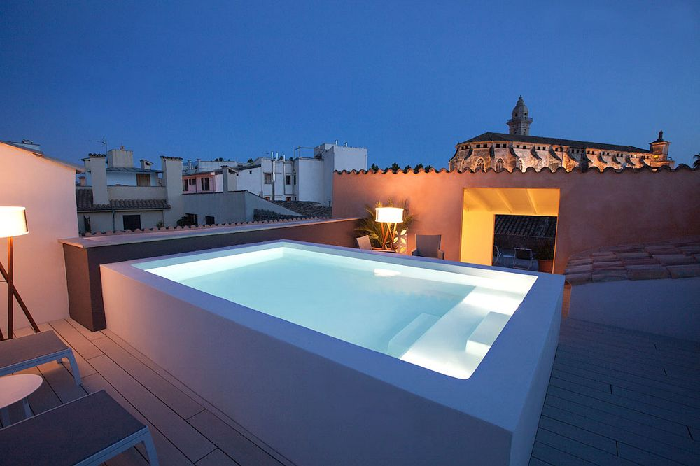 Glittery rooftop swimming pool