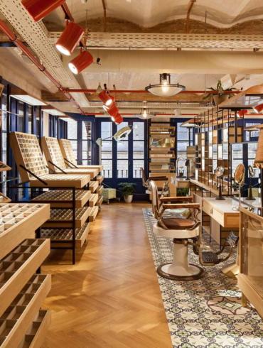 Eyewear store in Barcelona