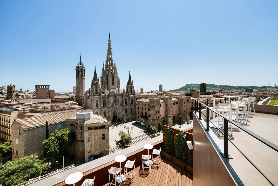 Panoramic rooftop terrace near Barcelona Cathedral