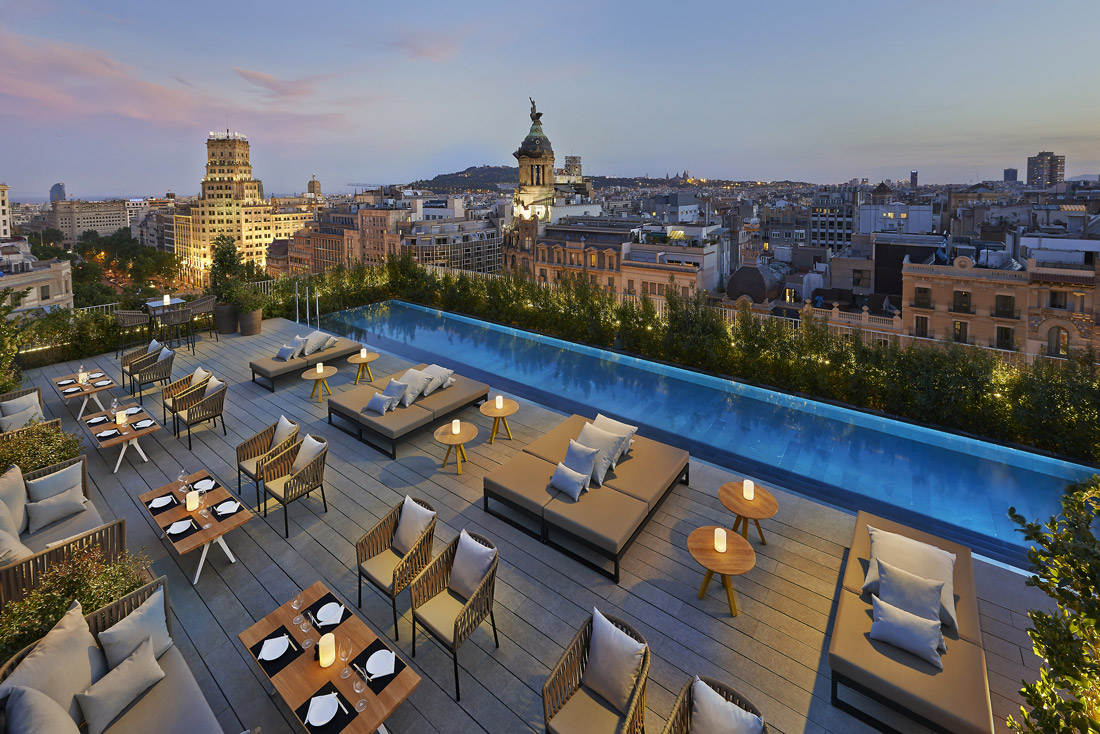Rooftop restaurant on Passeig de Gracia
